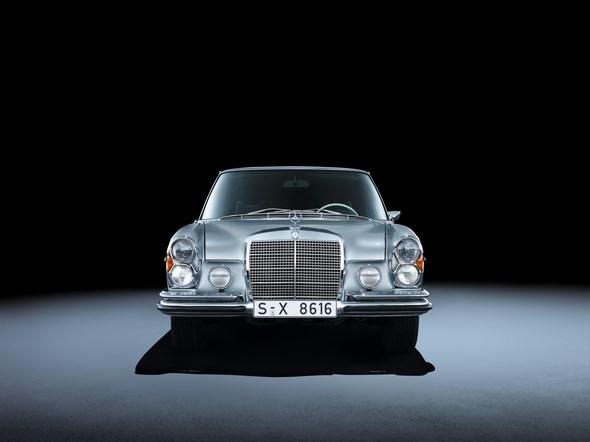 Mercedes-Benz 280 SEL 3.5 (W 108, 1965 bis 1972). Im Bild ein Fahrzeug aus dem Jahr 1972.