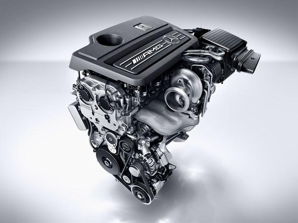 Mercedes-AMG A 45 4MATIC, AMG 2,0-Liter-Turbomotor mit 280 kW (381 PS) Höchstleistung und maximalen Drehmoment von 475 Newtonmetern AMG 2.0-litre turbocharged engine with a peak output of 280 kW (381 hp) and maximum torque of 475 newton metres