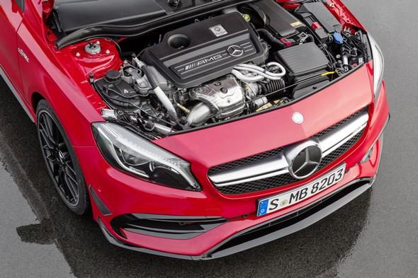 Mercedes-AMG A 45 4MATIC, jupiter rot, AMG Night-Paket, AMG Aerodynamik-Paket, AMG 2,0-Liter-Turbomotor mit 280 kW (381 PS) Höchstleistung und maximalen Drehmoment von 475 Newtonmetern jupiter red, AMG Night package, AMG Aerodynamics package , AMG 2.0-litre turbocharged engine with a peak output of 280 kW (381 hp) and maximum torque of 475 newton metres