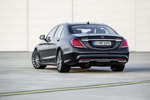 Mercedes-Benz S 350 BlueTec (W 222) 2012, Lack: anthrazitblau metallic, Ausstattung: Leder Exklusiv tiefseeblau/seidenbeige