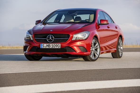 Mercedes-Benz CLA 220 CDI, (C117), 2012, Lack: Patagonienrot metallic BRIGHT, Ausstattung: Leder Saharabeige