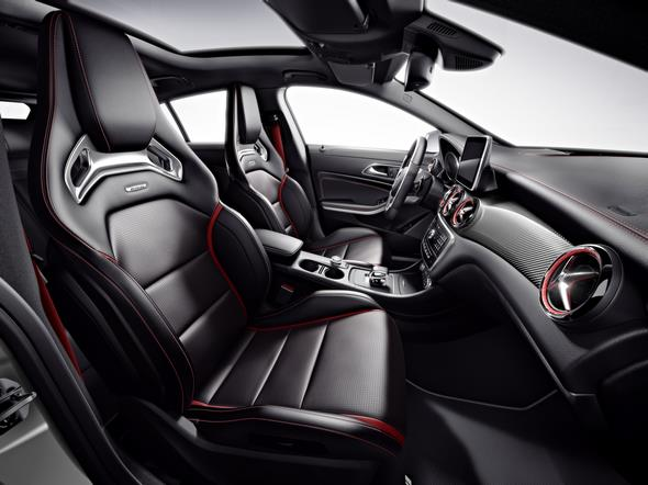Mercedes-AMG CLA 45 Shooting Brake (X 117) 2014, Studio