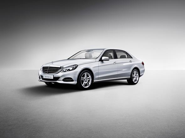 Mercedes-Benz E-Klasse Langversion für MB China (V 212) 2013