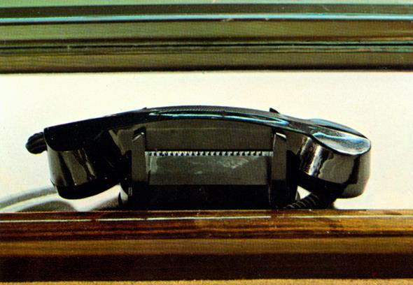Mercedes-Benz Typ 600 Pullman-Limousine (6 Türen) der Baureihe W 100. Autotelefon. Telefon.