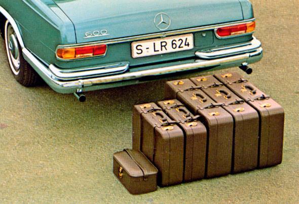 Mercedes-Benz Typ 600 Pullman-Limousine (6 Türen) der Baureihe W 100, Kofferset.