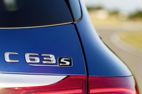 Mercedes-AMG C 63 (BR 205) T-Modell / estate; 2014; Exterieur: brilliantblau metallic; Exterior: brilliant blue metallic;