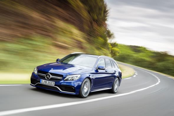 Mercedes-AMG C 63 (BR 205) T-Modell / estate; 2014; Exterieur: brilliantblau metallic; AMG Night-Paket Exterieur, AMG Keramik Hochleistungs-Verbundbremsanlage, wärmedämmend dunkel getöntes Glas Exterior: brilliant blue metallic; AMG Night package, AMG high-performance ceramic composite braking system, heat-insulating dark-tinted glass