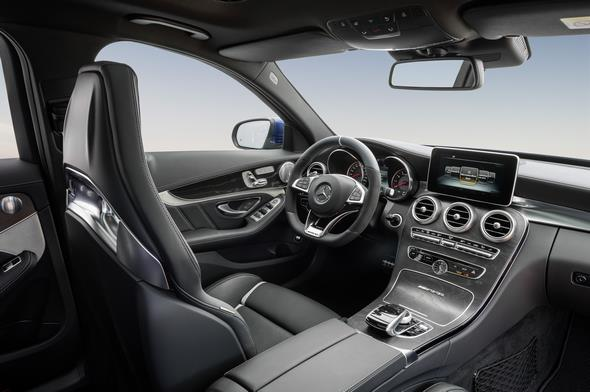 Mercedes-AMG C 63 (BR 205) T-Modell / estate; 2014; Interieur: Leder schwarz; AMG Performance Sitze, Zierelemente Holz Esche schwarz offenporig Interior: Leather black, AMG Performance seats, open-pore black ash wood trim