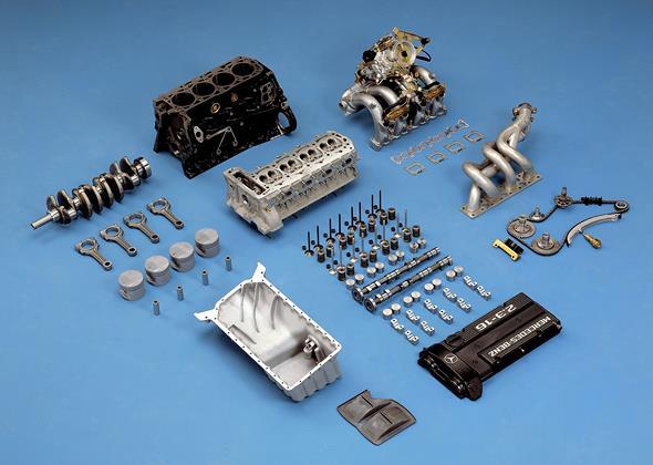 MB Motorteile des M 102 E 2.3-16; 16 Ventil-Einspritzmotor, 1984
