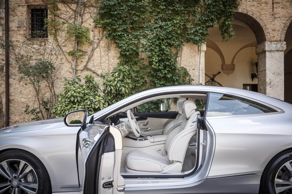 Mercedes-Benz S500 Coupe/Toskana 2014 Lack: iridiumsilber metallic; Interieur: Leder Nappa porzellan/espressobraun Toskana 2014
