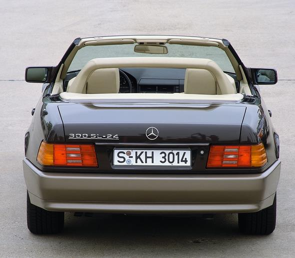 Caption orig.: Mercedes-Benz Typ 300 SL-24, Baureihe 129, 1989.