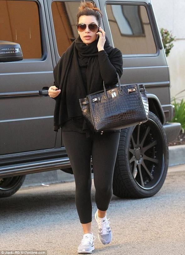 Kim-Kardashian-G631-600x829