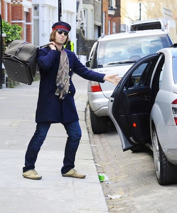 Liam-Gallagher-Mercedes-Benz-S-Class