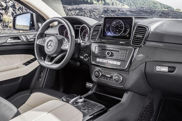 GLE 450 4MATIC (C 292) 2014; Interieur: Leder Exklusiv Nappa Porzellan/ Schwarz interior: exclusive nappa leather porcellan/black