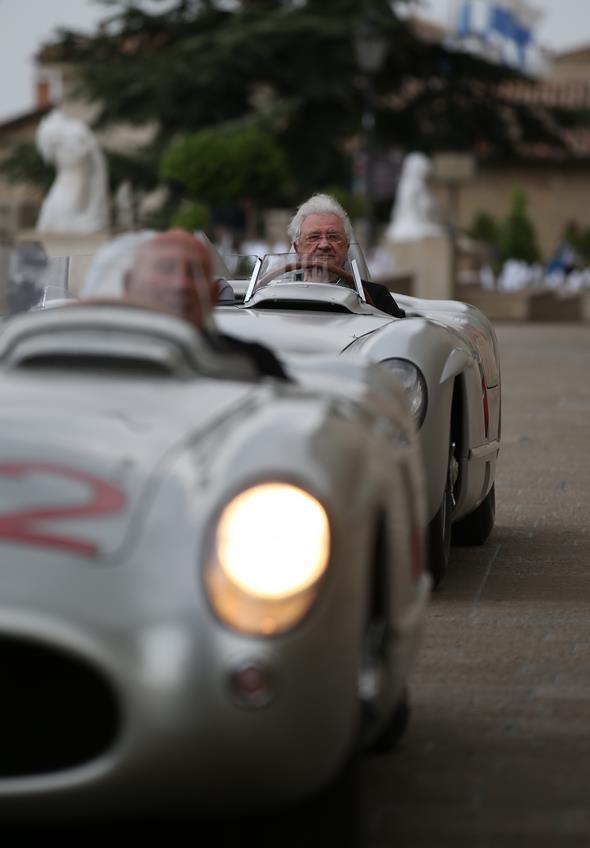 Mille Miglia - Fr 15.5.2015 Rimini-Rom - Hans Hermann (hinten) Stirling Moss (vorne)