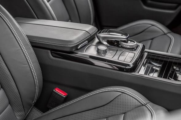 AMG GLE 63 S, W 166, 2015 Interieur: Nappaleder Schwarz, Zierteile Carbon / Klavierlack schwarz Interior: nappa leather black, carbon-fibre / black piano lacquer trim