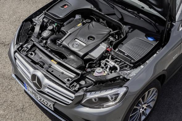 Mercedes-Benz GLC. Motorraum GLC 350 e.