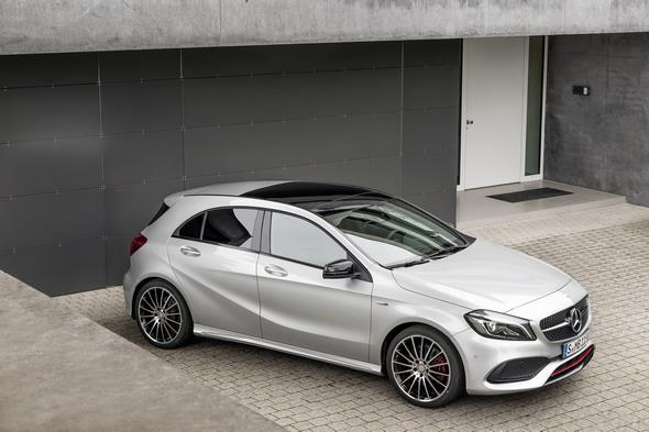 A 250 Sport (AMG Line), Polarsilber, Interieur Leder Schwarz / RED CUT A 250 Sport (AMG Line), polar silver, interior leather black / RED CUT