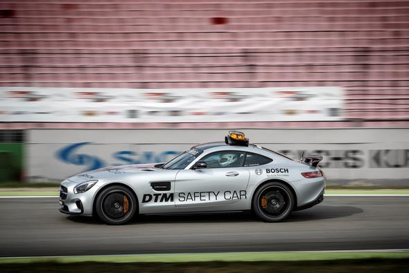 Mercedes-AMG GT S als offizielles Safety Car der DTM 2015 Mercedes-AMG GT S as the Official Safety Car of the DTM 2015