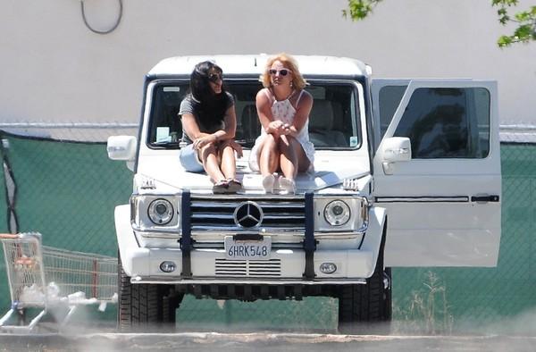 Lynne+Spears+Britney+Spears+g2zImbbUL-Dl