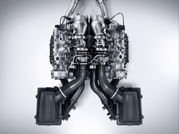Mercedes-AMG GT (C 190) 2014; AMG V8-Zylinder-Benzinmotor mit Biturboaufladung, Baureihe M178 AMG V8 petrol engine with biturbocharging, M178 series