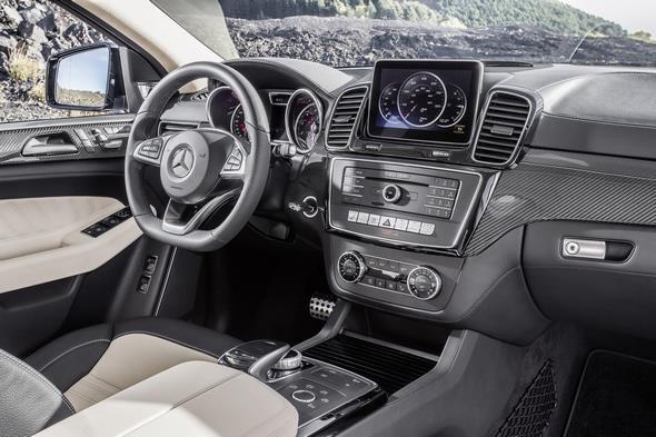 GLE 450 4MATIC (C 292) 2014; Interieur: Leder Exklusiv Nappa Porzellan/ Schwarz interior: exclusive nappa leather porcellan/black