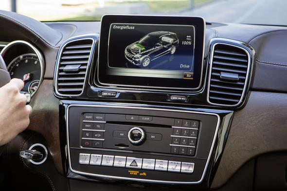 GLE 500 e (Plug-In Hybrid) W 166, 2015 COMAND Display mit Energieflussanzeige