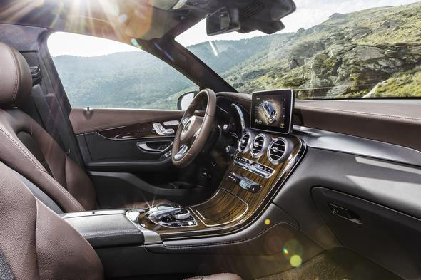 Mercedes-Benz GLC 250d 4MATIC, CITRINBRAUN MAGNO, Artico/Stoff Espresso, Interieur Mercedes-Benz GLC 220d 4MATIC, CITRINE BROWN MAGNO, Artico/espresso fabric, interior