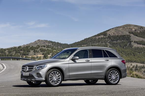 Mercedes-Benz GLC 350e 4MATIC, EDITION 1, SELENITGRAU, AMG Line Exterieur Mercedes-Benz GLC 350e 4MATIC EDITION 1, Selenite Grey, AMG Line, Exterior