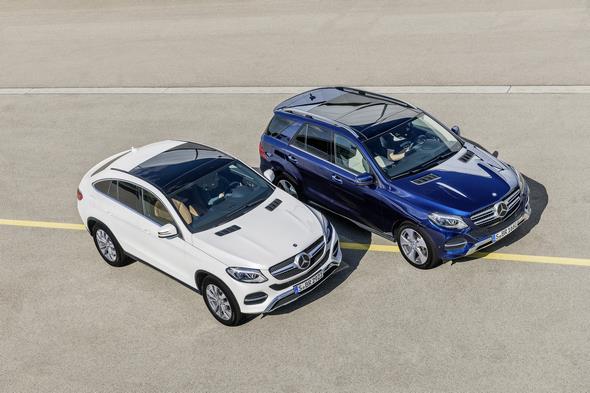 GLE SUV (W166),  Exterieur: Cavansitblau Metallic, Exterior: cavansite blue metallic GLE Coupé (C 292), Exterieur: Designo Diamantweiß Bright, exterior: designo diamond white bright