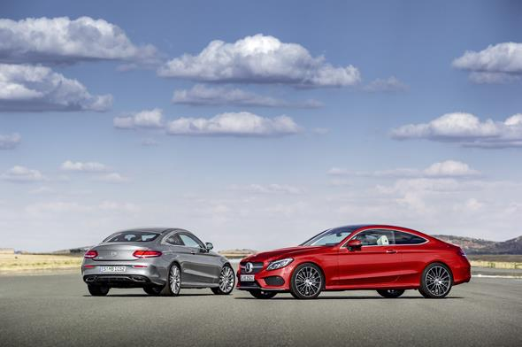 Mercedes-Benz C-Klasse Coupé C 250 d 4MATIC, hyacinthrot, Leder Porzellan/schwarz Mercedes-Benz C-Class Coupé C 250 d 4MATIC, hyacinth red, leather porcellain/black Mercedes-Benz C-Klasse Coupé C 300, Selenit Grau, Leder Cranberry rot Mercedes-Benz C-Class Coupé C 300, selenit grey, leather cranberry red