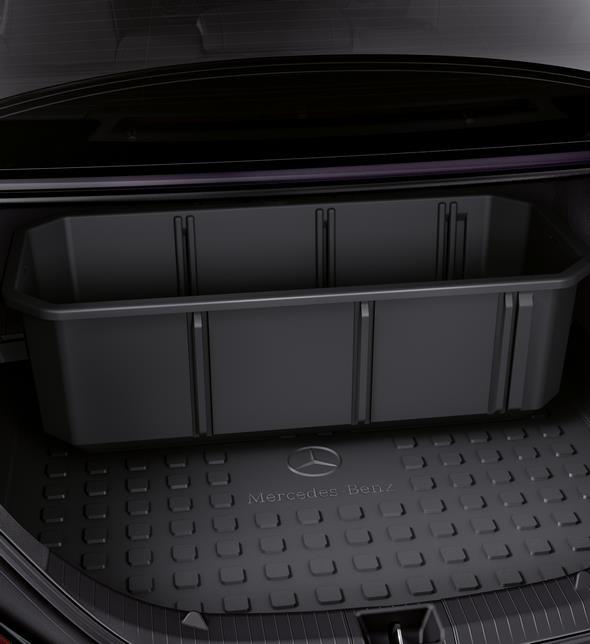 Original-Zubehör für den GLC: Kofferraumwanne flach und Staubox Mercedes-Benz GLC genuine accessories: Shallow boot tub and stowage crate