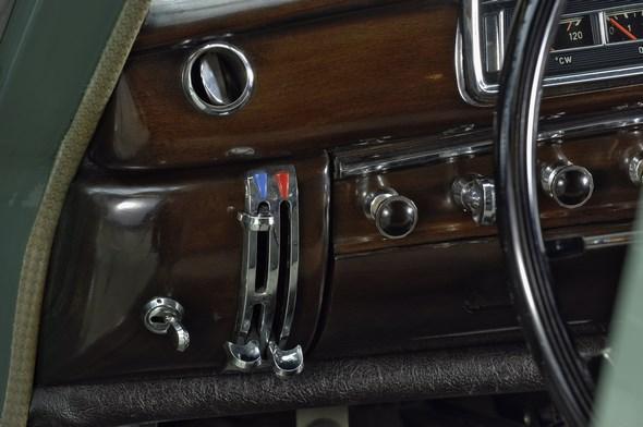 Mercedes-Benz 220 - 220 SE (1954 - 1959)