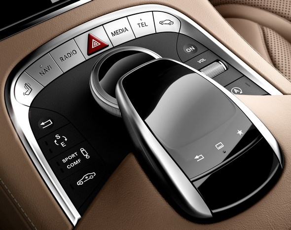 Mercedes-Benz S-Klasse Coupé (C 217); Touchpad; 2013