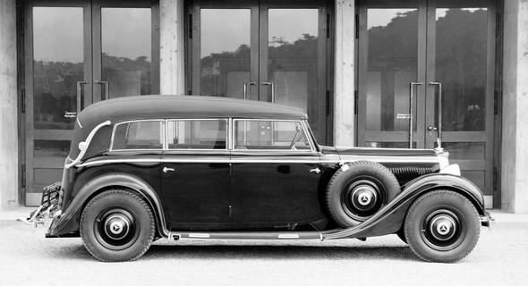 Mercedes-Benz Typ 320, 78 PS, Pullman-Cabriolet F, Bauzeit: 1937 bis 1942.
