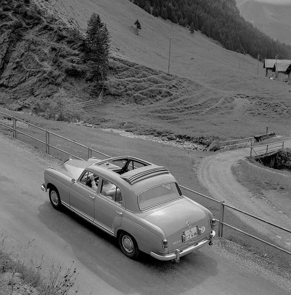 Mercedes-Benz Typ 220 SE, 1958 - 1959 (Versuchswagen; die Karosserie entspricht einem Typ 220 S der ersten Ausführung vor dem 08.1957)
