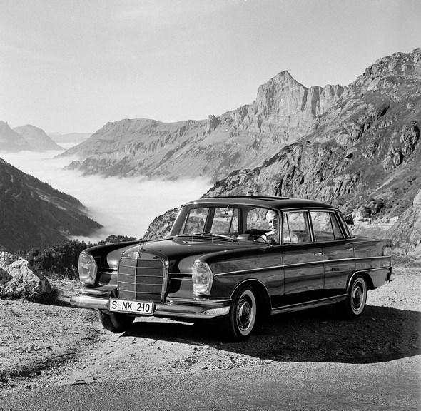 Mercedes-Benz Typ 300 SE der Baureihe W 112