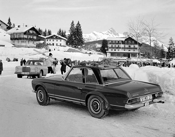 Mercedes-Benz Typ 230 SL, aus dem Jahre 1966