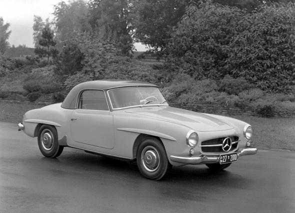 Mercedes-Benz Typ 190 SL Roadster mit Coupédach aus dem Jahre 1955