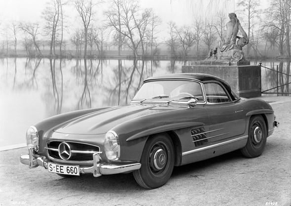 Mercedes-Benz Typ 300 SL Roadster mit Coupé-Dach, aus dem Jahre 1958.