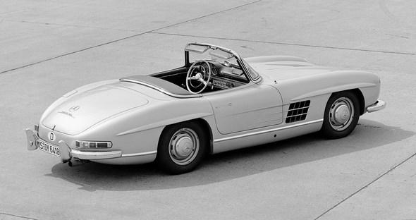 Mercedes-Benz Typ 300 SL Roadster, aus dem Jahre 1958.