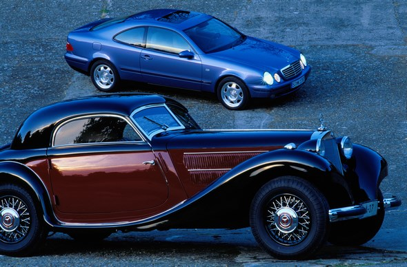 Mercedes-Benz Typ 320 n Kombinations-Coupé und Mercedes-Benz Typ CLK 230 Kompressor.