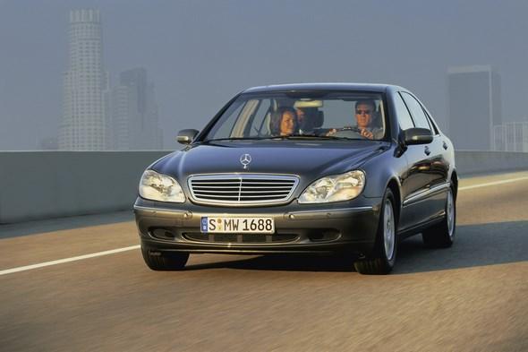 Mercedes-Benz S-Klasse der Baureihe 220