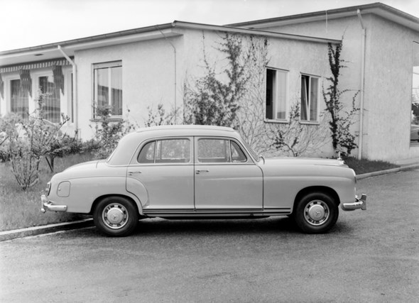Mercedes-Benz Typ 220 a, 1954-56