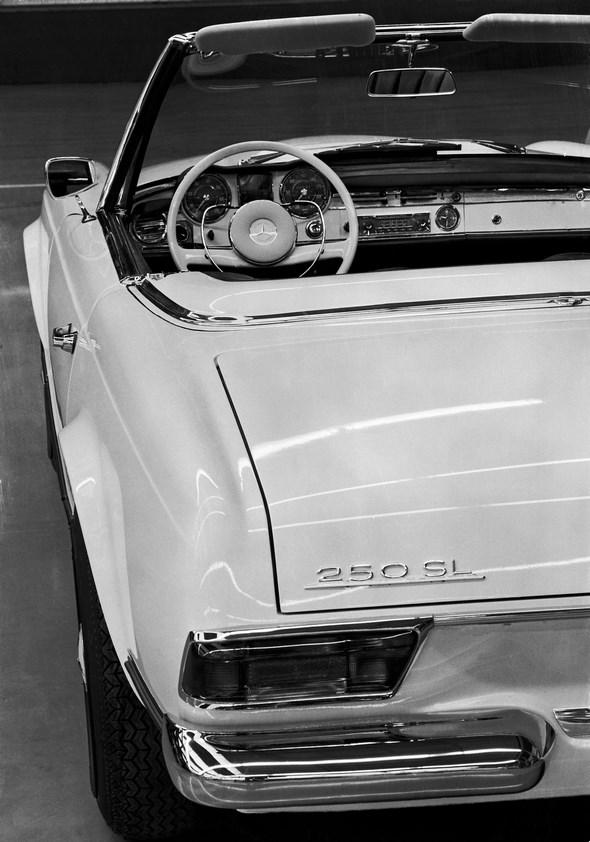 Armaturen, Mercedes-Benz Typ 250 SL, 1966 - 1968.