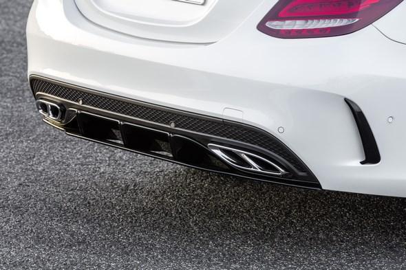 Exklusives AMG Zubehör für C-Klasse Modelle mit AMG Line und C