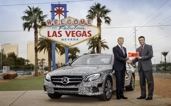 Mercedes-Benz E-Klasse: Autonom über die Highways im Bundesstaat Nevada Mercedes-Benz E-Class: Self-driving across the highways of Nevada