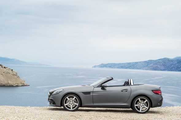 Mercedes-Benz SLC (R 172), 2015