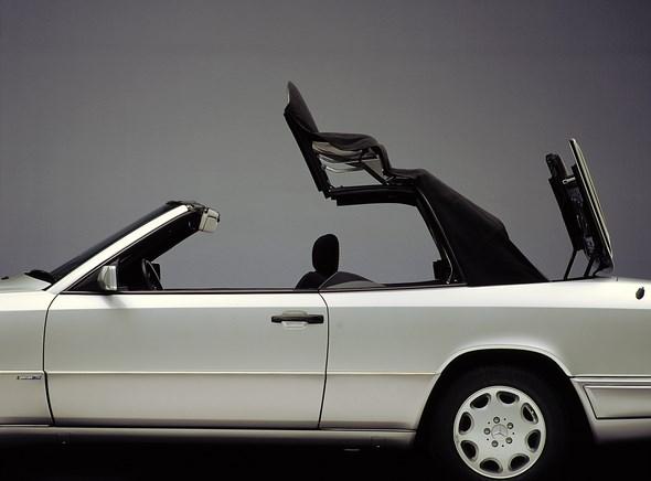 September 1991: Viersitziges Cabriolet der Baureihe 124 hat Premiere: Offene Fahrkultur: 25 Jahre E-Klasse Cabriolet