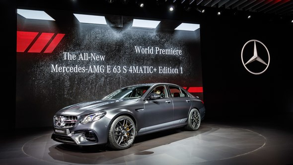 Mercedes-Benz & smart auf der Los Angeles Auto Show 2016.